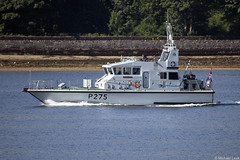 RN Archer-class patrol boat HMS Raider, P275; the Holy Loch, Firth of Clyde, Scotland (Michael Leek Photography) Tags: ship boat patrolship patrolvessel patrolboat argyllandbute argyll clyde cowal cowalpeninsula firthofclyde westcoastofscotland westernscotland scotland scottishlandscapes scottishcoastline scotlandslandscapes scottishshipping rn royalnavy britainsarmedforces britainsnavy archerclass faslane hmnbclyde hmnb hmsneptune gareloch holyloch strone warship nato navalvessel michaelleek michaelleekphotography