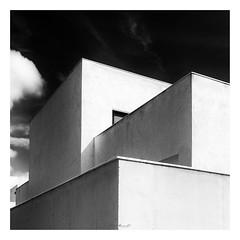 Tres cantons (Vicent Granell) Tags: granellretratscanonalgemesí arquitectura bw bn mirada visió composició personal percepció tres