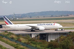 Boeing 787-9 Air France (08/27/2019) (Starkillerspotter) Tags: dreamliner boeing 7879 air france bridge taxiing tgv paris cdg airport