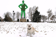 Lucy and Green Giant in Blue Earth, Minnesota copy (Lorie Shaull) Tags: snow greengiant jollygreengiant blueearth minnesota gianttimeinbe onlyinmn green giant statue park