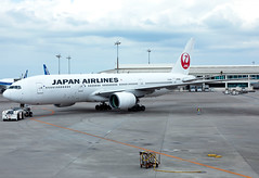 JA008D Japan Airlines Boeing B772 (twomphotos) Tags: plane spotting oka roah airport japan airlines boeing b772