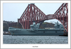 Return of the Carrier (flatfoot471) Tags: 2019 normal scotland unitedkingdom ships military royalnavy april riverforth queensferry hmsqueenelizabeth aircraftcarrier tugs bridge forthbridge southqueensferry 150600sigma fife