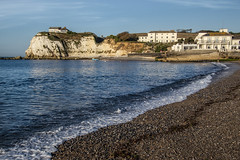 Freshwater on the Isle of Wight (Dailyville) Tags: beach freshwater isleofwight england greatbritain uk water waves seaside cliffs buildings summer dailyville ohiofoothills seashore