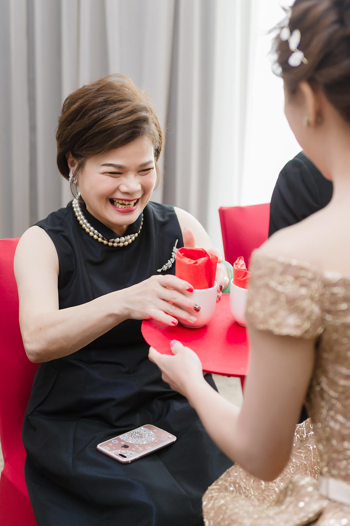 婚攝,婚禮紀錄,婚禮攝影,鯊魚團隊,訂婚,台北寒舍艾美酒店