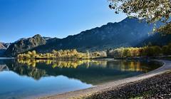 Insenatura (giannipiras555) Tags: lago natura autunno landscape paesaggio panorama alberi colline cielo idro spiaggia colori riflessi nikon