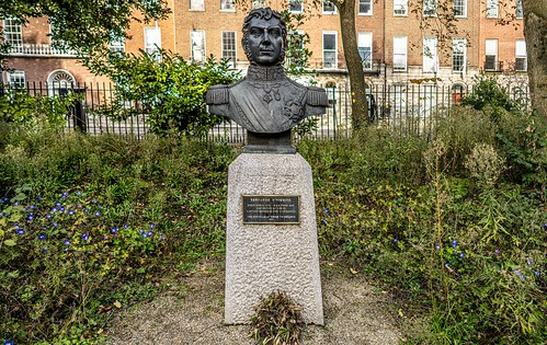 BERNARDO O'HIGGINS [PUBLIC ART IN MERRION SQUARE PARK]-157985