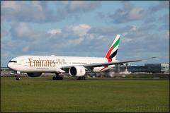 A6-EPV Boeing 777-31H(ER) Emirates (elevationair ✈) Tags: dub eidw dublin airport dublinairport ireland sun sunny sunshine avgeek aviation airplane plane aircraft arrival departure runway boeing jet emirates t7 tripler tripleseven 777 773 boeing77731her a6epv