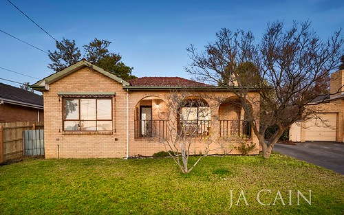 46 Silver Ash Av, Ashwood VIC 3147