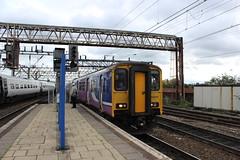 manchester piccadilly 150210 (brianhancock50) Tags: railway rail railways train trains dmu class150