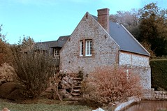 Moulin à Veules-les-Roses (Philippe_28) Tags: veuleslesroses caux 76 seinemaritime france europe normandie normandy argentique analogue camera photographie film 135