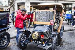 20191107_F0001: Documenting London to Brighton Veteran Car Run participants (wfxue) Tags: car regentstreetmotorshow regentstreet londontobrightonveterancarrun london veterancar antique wheels street rain wet costume people photographer candid portrait