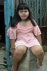 well fed girl (the foreign photographer - ฝรั่งถ่) Tags: well fed girl child khlong thanon portraits bangkhen bangkok thailand nikon d3200