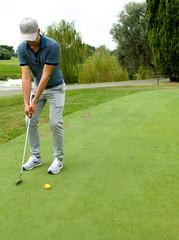 6930 - Putt (Diego Rosato) Tags: marco golf club putt green verde fuji x30 rawtherapee parco medici