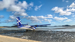 IMG_2953 (Invincible Moose) Tags: hial barra beach airport runway sea dhc6 twinotter viking400 loganair