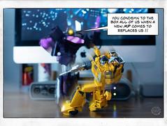 Page_21 (FunToysFan) Tags: transformers toyphotography toystory toys toyphoto toy takara autobots masterpiecetransformers hasbro lazerbeak digitalcomics designart decepticons mixedmedia sunstreacker shockwave robots g1 popart