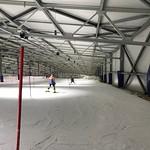 Wittenburg indoor training, Ella Renzoni (BC Team Jacket) Inspecting