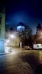 Misty nights of Lviv (zenziyan) Tags: verklärungskirche lemberg church transfiguration lviv ukraine building night dome städte львів lwiw historical ancient arch icon architecture