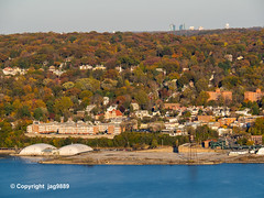 Hastings-on-Hudson, Westchester County, New York (jag9889) Tags: 2019 20191106 alpine autumn bergencounty colors fall foliage gardenstate hastingsonhudson hudsonriver landscape nj ny newjersey newyork outdoor river statelinelookout usa unitedstates unitedstatesofamerica water waterway westchestercounty jag9889