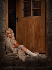 Autumn should never ends (agirygula) Tags: autumn orange girl leaves childhood dreaming blond sit childportrait door light canon natural