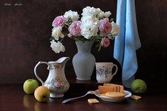Memories of Spring (Esther Spektor - Thanks for 16+millions views..) Tags: stilllife stilleben naturemorte naturamorta naturezamorta bodegom flowers art rose composition spring memories bouquet tabletop creativephotography food cup fruit scarf plate biscuit vase pitcher pink blue brown white green apple glass yellow metal canon stand ceramics pattern ambientlight silk spoon estherspektor coth5