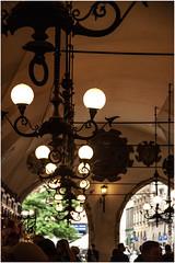 615- CONTRALUZ EN ELMERCADO DE PAÑOS - CRACOVIA - (--MARCO POLO--) Tags: ciudades rincones mercados bazar