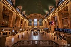Made in New York (Estacion gran central) (JoseQ.) Tags: newyork mnahattan usa estadosunidos estacion estacioncentral transporte reloj multitud