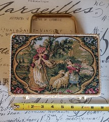 20190803_115201_resized (thevintagehandbag.com) Tags: vintage handbag wicker tapestry vintagehandbags