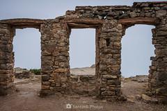 Vacío (SantiMB.Photos) Tags: 2blog 2tumblr 2ig lamussara vilaplana tarragona verano summer baixcamp niebla mist ruinas ruins cataluna españa