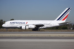Air France | Airbus | A380-861 | F-HPJH (TFG Lau) Tags: klax lax losangeles airplane aeroplane aircraft plane aviation planespotting spotting canon canoneos canon5dmarkiii eos eos5dmarkiii ahkgapworldwide airfrance afr af airbus a380 a388 fhpjh skyteamalliance skyteam