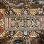 92f Пинтуриккио. Роспись потолка библиотеки Энеа Сильвио Пикколомини (Папа Пий III). Сиенский собор