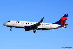 2019-10-23 LAS N294SY (Paul-H100) Tags: 20191023 las n294sy embraer emb175 delta connection skywest