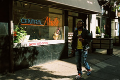 Kodak Portra 800 108 (kc_tinari) Tags: philadelphia philly kensington fishtown centercity street streetphotography film filmphotography analog kodak kodakportra800 portra800