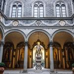08а Палаццо Медичи-Риккарди. Внутренний дворик