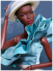 Understated is Overrated (FashionDragon) Tags: africanamerican adelemakeda springromance blackbarbie fashionroyalty nuface fashiondoll designerdoll jessyayala davidbuttery byronlars jasonwu stephenburrows bobmackie integritytoys