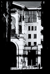 2019-09-15-Bruxelles-24-3Pt (Pontalain) Tags: apartment architecture black blackandwhite building facade home house labels materialproperty metropolis monochrome monochromephotography neighbourhood photography street style white window contrejour l personnage petit small bruxelles régiondebruxellescapitale belgique
