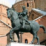 95а Донателло Памятник Кондотьеру Гаттамелате 1447-50 Падуя