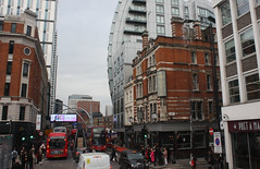 6.11.2019      (77) Approaching Old Street Roundabout very slowly. (ginann) Tags: approaching old street roundabout