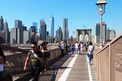 270 Lucky Us ... What a Clear Day! (Eclectic Jack) Tags: man woman people bicycle september 2019 trip nyc city york new newyorkcity bridge brooklyn