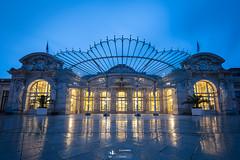 Vichy - Palais des Congrès [GB-studiophoto.com] (gaelmonk) Tags: 2019 bluehour matin opera opéra palais pluie rain vichy congrès heure bleue france morning reflect reflets reflet water eau palace