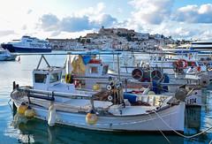 Barcas de pesca en Ibiza (scandelaibz) Tags: barcaspesca81119 ibiza eivissa vila pesca pósito pescadores llaüts