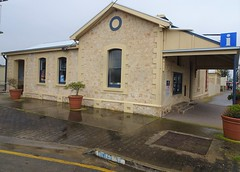 Stansbury Yorke Peninsula. The old Police Station with the cells still in the back yard. Built around 1880. in local limestone. Now the Information Office. (denisbin) Tags: memorial wheat crop pioneers cairn oysterbay yorkepeninsula norfolkislandpines winulta stamsbury grain policestation informationoffice