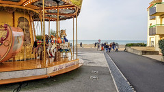Wissant - 5 (nican45) Tags: france beach coast october fairground roundabout mobilephone wissant pasdecalais galaxys8 sea samsung carousel calais englishchannel lamanche 2019 smg950f 30102019 30october2019