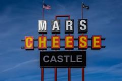 Mars Cheese Castle (dangaken) Tags: mke wi wisconsin milwaukee milwaukeewi wisc fujifilmxt2 fuji fujifilm fujinon november fall november2019 autumn