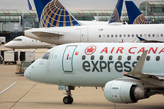 2019_11_03 KORD misc-12 (jplphoto2) Tags: aircanadaexpress aircanadaexpresse175 cfejy chicagoohare e175 embraer embraere170 jdlmultimedia jeremydwyerlindgren kord ord aircraft airline airplane airport aviation