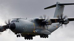 A400M (Bernie Condon) Tags: riat airtattoo tattoo ffd fairford raffairford airfield aircraft plane flying aviation display airshow uk military warplane airbus a400m airlift transport cargo tactical atlas airbustest grizzly