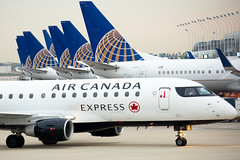 2019_11_03 KORD misc-77 (jplphoto2) Tags: aircanadaexpress aircanadaexpresse175 chicagoohare e175 embraer embraere175 jdlmultimedia jeremydwyerlindgren kord ord unitedairlines unitedairlinestails aircraft airline airplane airport aviation