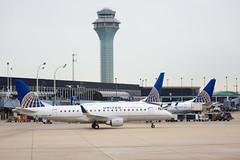 2019_11_03 KORD misc-79 (jplphoto2) Tags: chicagoohare e175 embraere175 jdlmultimedia jeremydwyerlindgren kord n141sy ord unitedexpress unitedexpresse175 aircraft airline airplane airport aviation