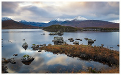 Lochan na h-Achlaise, Scotland(2) (S.R.Murphy) Tags: landscape lochannahachlaise oct2019 scotland water loch lake mountain mountains fujifilmxt2 fujifilmxf1680mm leefilters lee06ndgrad achallader