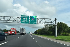 Heathrow, FL- I-4 (jerseyman65) Tags: florida freeways roads routes interstates flroutes flroads flstateroads centralfl centralflorida sunshinestate fl expressways exits interchanges signs guidesigns flhighways overheadsigns overheadgantries ramps flstateroutes highways
