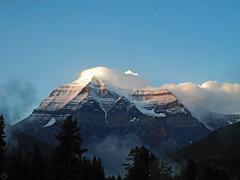Mount Robson clouds 2017 (matthias416) Tags: mountain berg sky himmel clouds wolken canada kanada mountrobson britishcolumbia yourbestoftoday